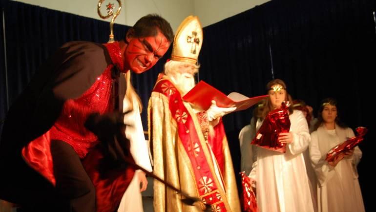 Sv. Miklavž obdaril vse pridne otroke
